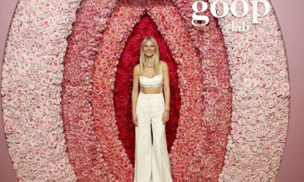 """Gwyneth Paltrow, dopo la candela arriva il """"Vulva Book"""" da colorare"""
