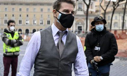 «Vi licenzio, figli di put**na!» Tom Cruise urla furioso alla troupe di Mission Impossible per la violazione delle regole anti-Covid