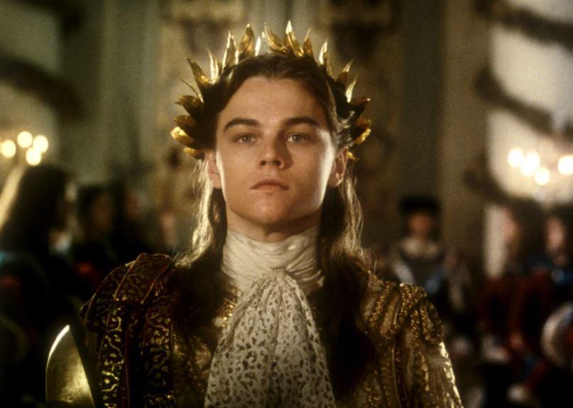 La Maschera di Ferro, quella volta in cui Leonardo DiCaprio venne assalito dalle fan italiane nel Louvre
