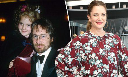 Drew Barrymore mandò un regalo a Steven Spielberg per scusarsi del suo nudo a Playboy