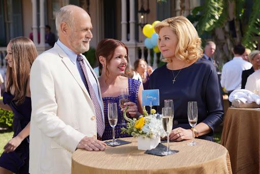 Filthy Rich – Ricchi e colpevoli con protagonista Kim Cattrall: recensione dei primi due episodi
