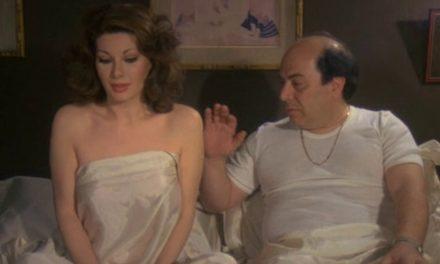 """Cornetti alla Crema, Banfi: """"In una scena dovevo toccare il seno della Fenech, all'inizio ero rigido poi un elettricista…"""""""