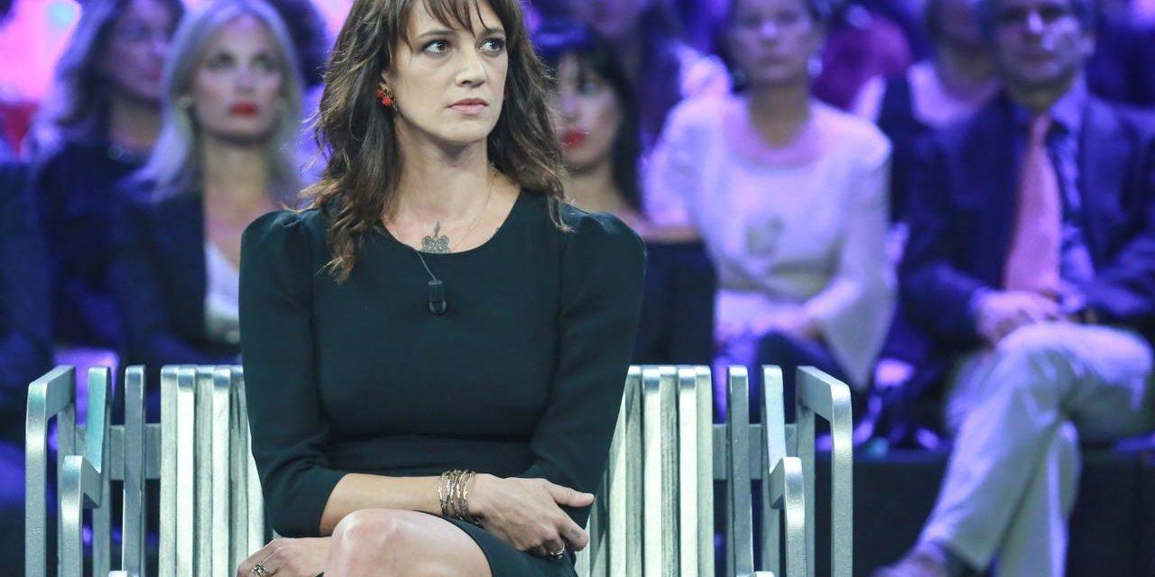 """Asia Argento ospite all'Isola dei Famosi difende Vera Gemma: """"E' una leader nata!"""""""