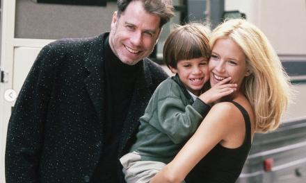 """John Travolta ricorda Kelly Preston il giorno della Festa della Mamma: """"Mi ha dato tre dei più bei bambini che abbia mai conosciuto"""""""