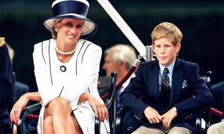 """Il principe Harry sulla morte della madre Diana: """"In una sera bevevo tanto alcol quanto se ne beve in una settimana"""""""