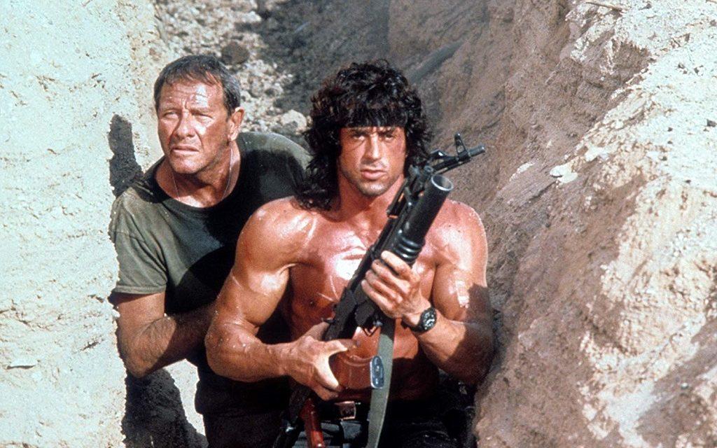 Rambo 3: la tragedia sfiorata sul set e quello storico attore che all'ultimo rifiutò il ruolo